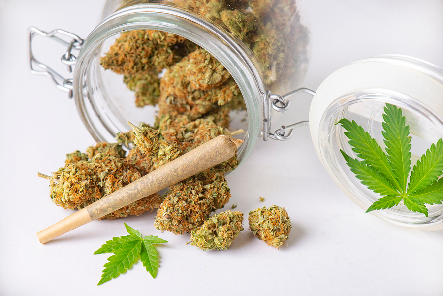 best ways to store weed
